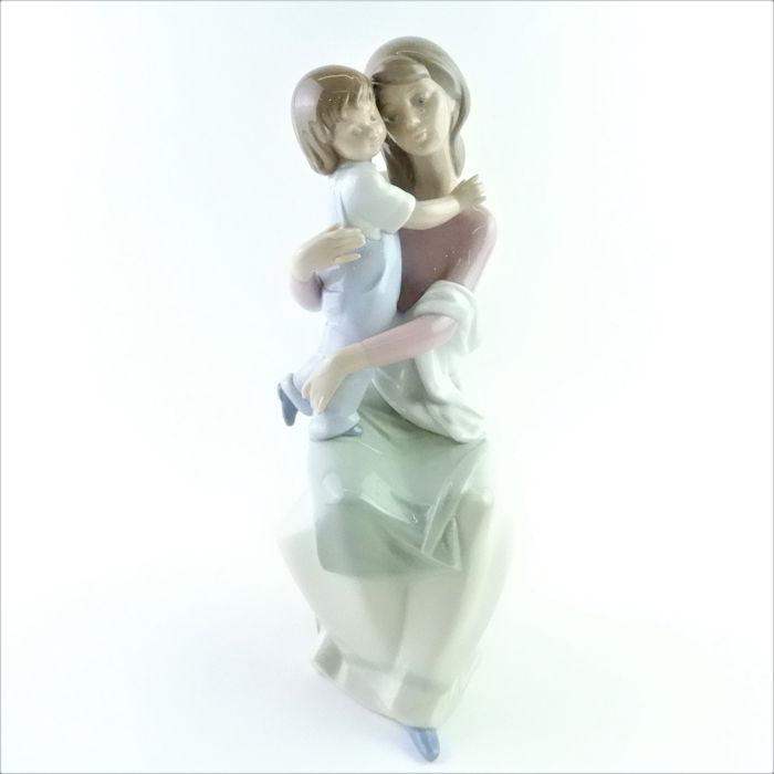 リヤドロ 母の愛#6634